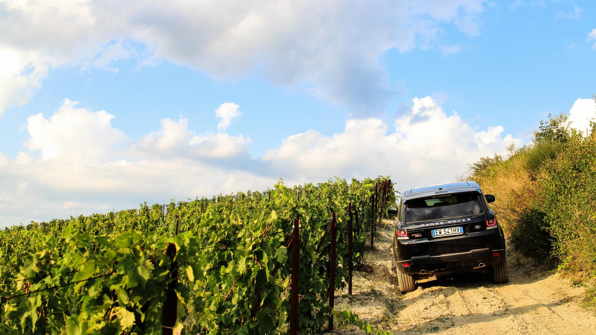 Private tours in Range Rover sport