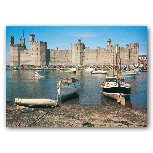 Caernarfon Castle - Sold in pack (100 postcards)