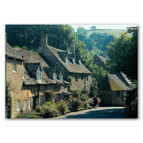 Snowshill Cottages - Sold in pack (100 postcards)