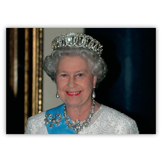 London Her Majesty the Queen - Sold in pack (100 postcards)