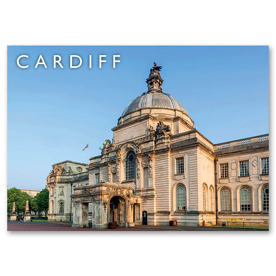 Cardiff, City Hall - Sold in pack (100 postcards)
