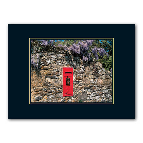 British Post Box - Sold in pack (100 postcards)