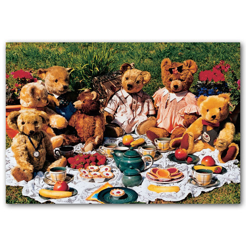 Teddy Bears Picnic - Sold in pack (100 postcards)