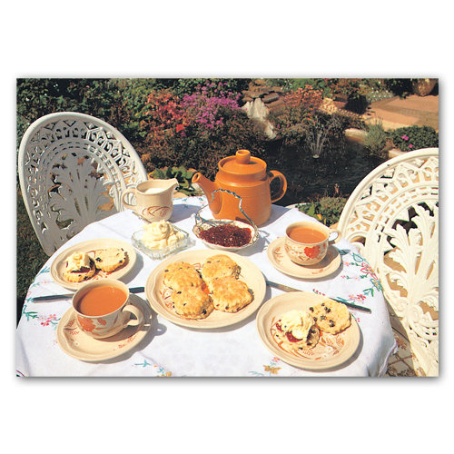British Tea Time - Sold in pack (100 postcards)