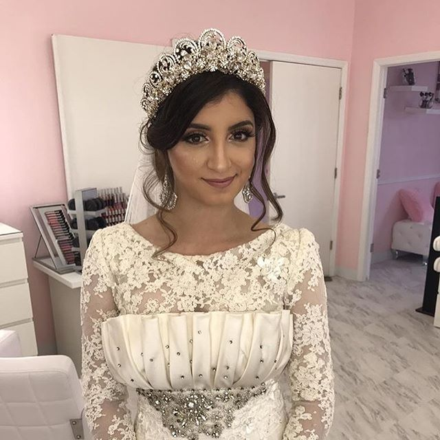 The lovely bride!!! Swipe left for more!! #tampamakeup #tampamakeupartist #tampamua #makeupbypink #o