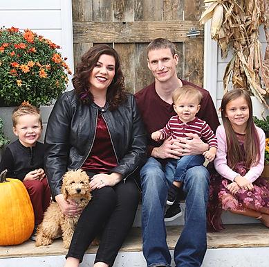 Hilary family pic 2019.jpg