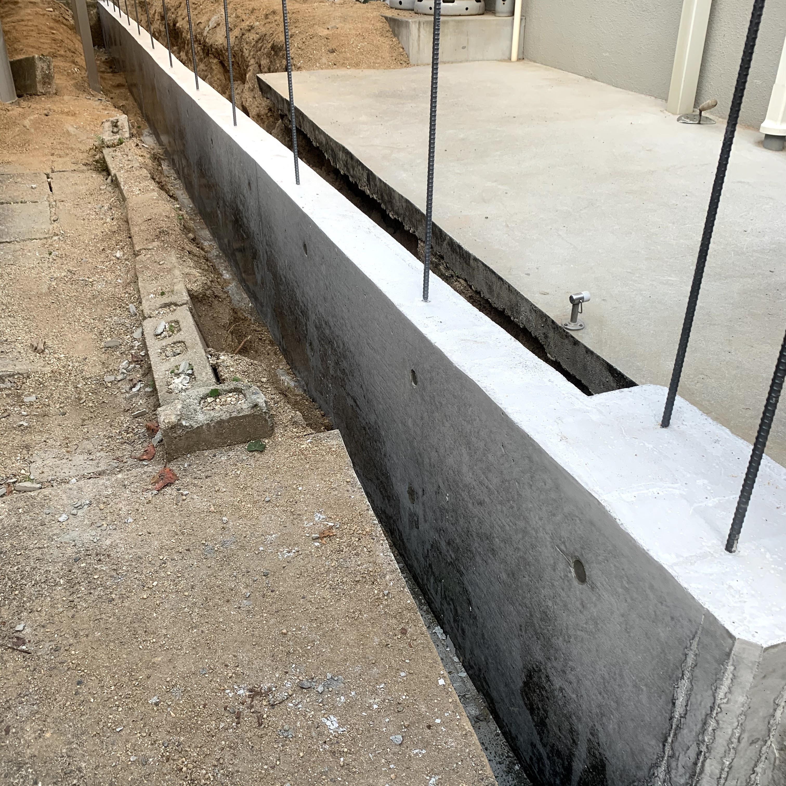 基礎/コンクリート擁壁[1mあたり]