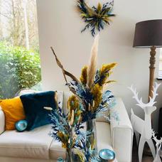 Assortiment couronne et bouquet fleurs séchées