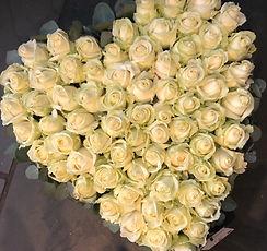 Funerailles gerbe coeur de rose