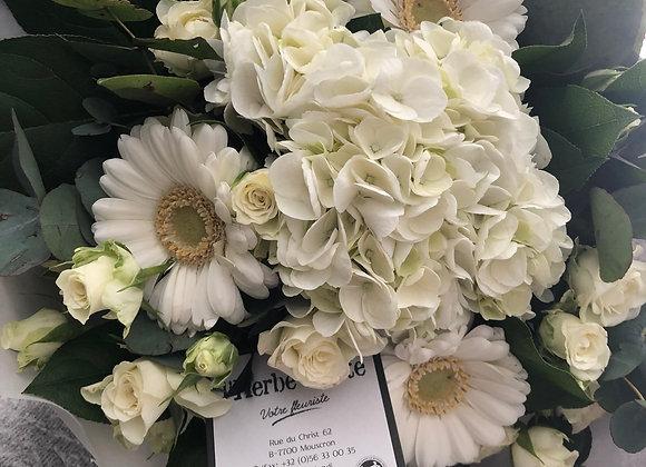 Bouquet blanc serré 5