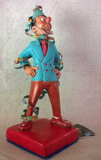 Escultor | modelista | maquetista | matricero | escultura | modelado | maquetas | diorama | produccion de piezas para regaleri.