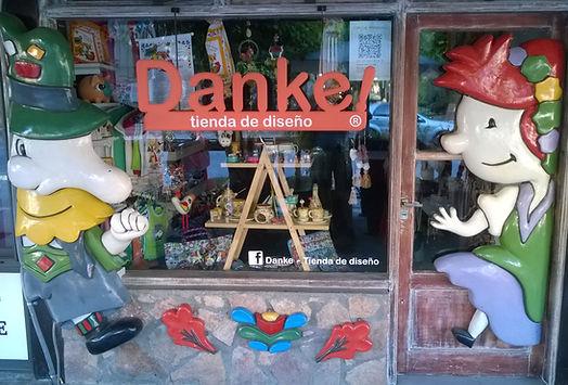 Diseño y publicidad realizacion de vidrieras | diseño de objetos originales | desarrollo del producto para tu local esclusivo | Danke tienda de diseño