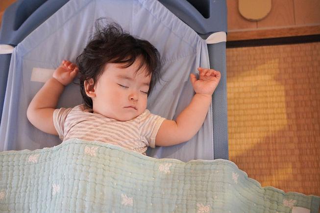 0歳児午睡.jpg