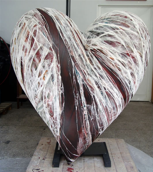 """""""Remiendos para un corazón herido"""""""