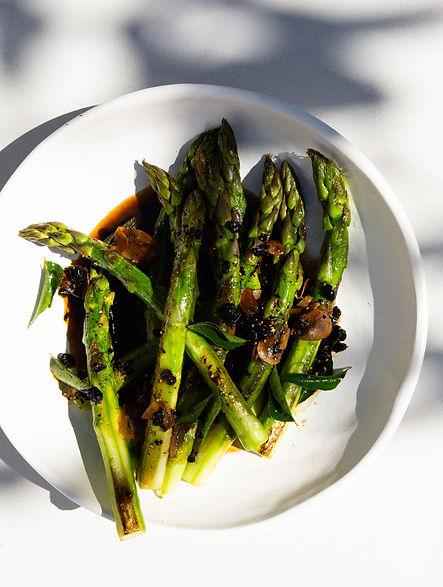 Fat asparagus in a black bean sauce