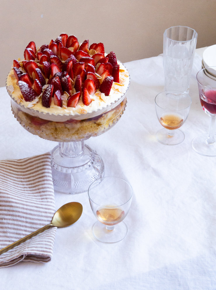 Strawberry and fennel seed trifle with almond-vanilla sponge