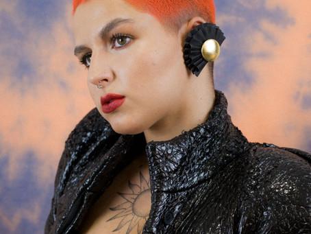 Recreando un look ochentero: Anuario 2020