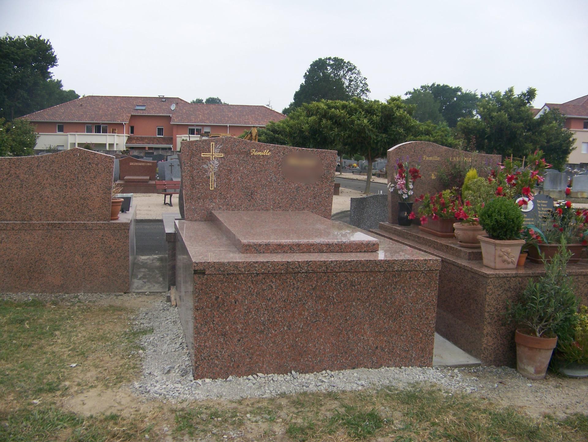 Monument caveau aérien Lons 64140