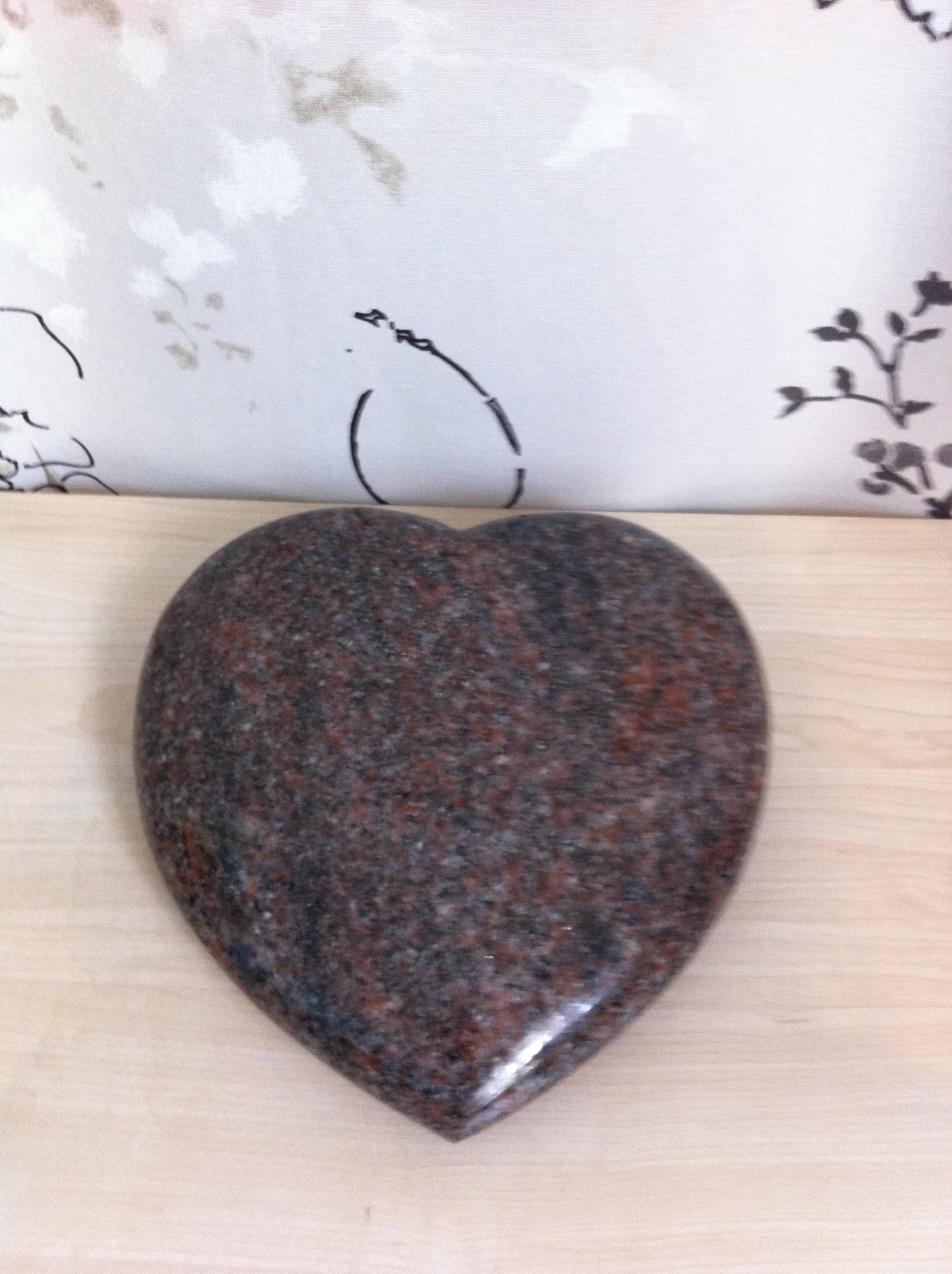 cœur en granit à graver