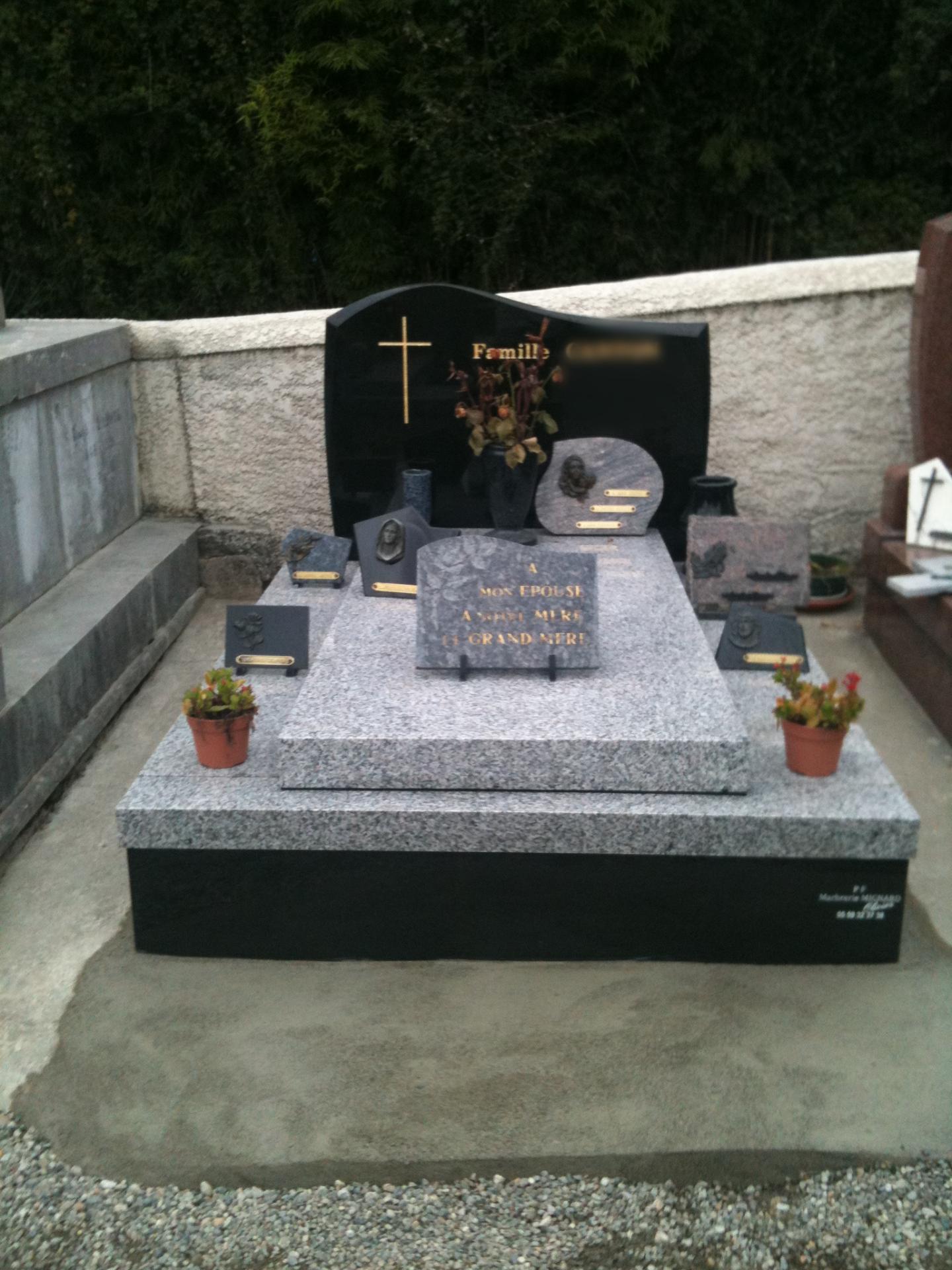 caveau monument funéraire Arbus