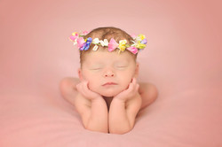 Newborn picture froggy pose