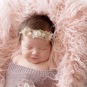 Hannah Elizabeth Newborn