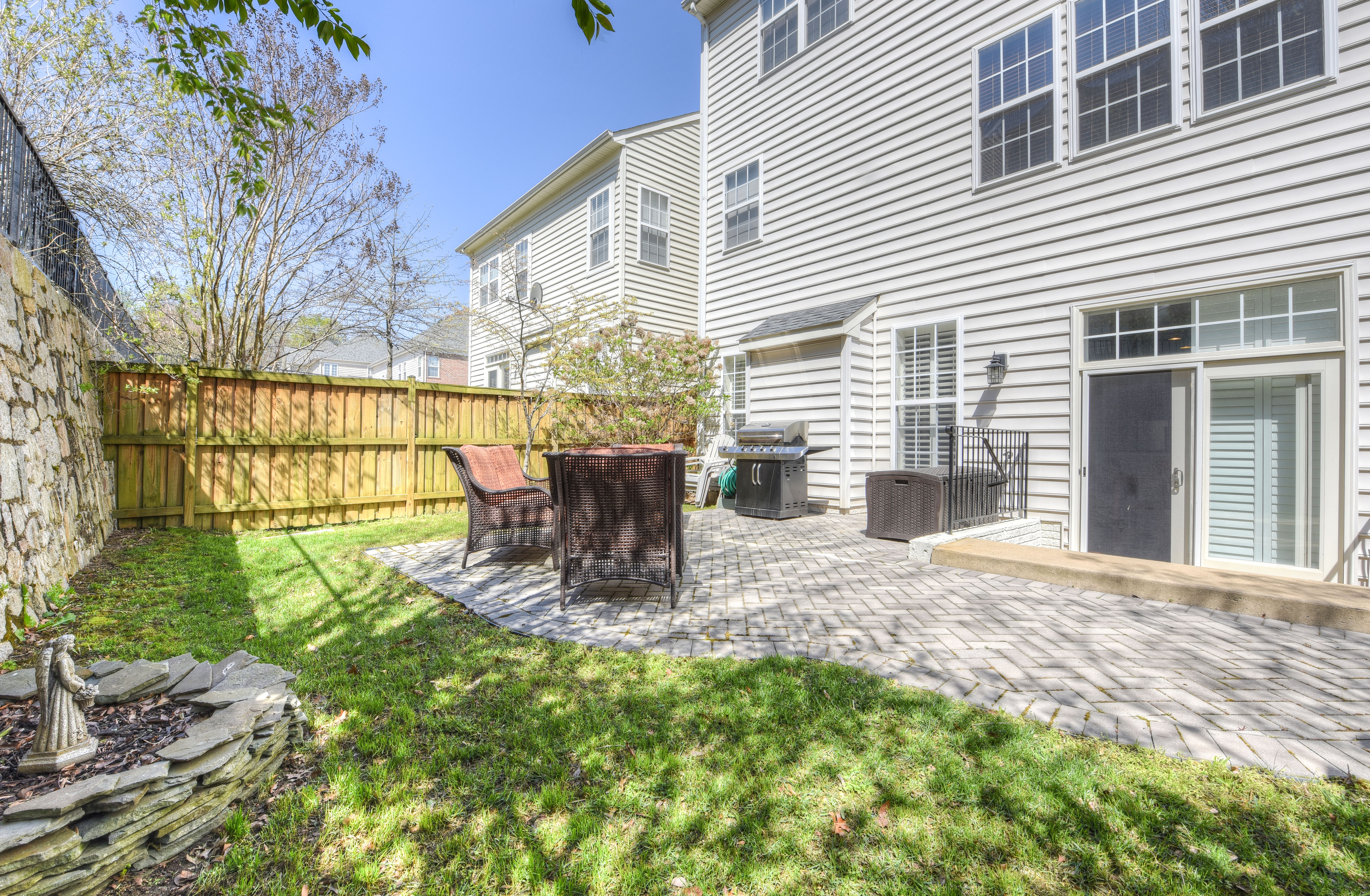 8359 Middle Ruddings Dr 1