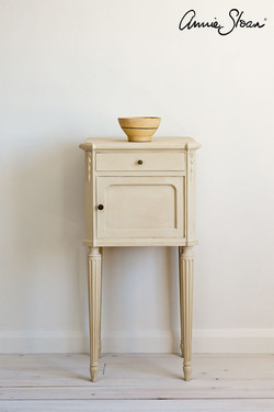 Old-Ochre-side-table,-Tacit-in-Old-Viole