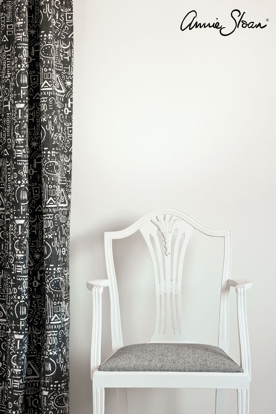 old-white-wall-paint-by-annie-sloan-life