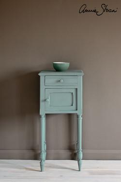 Svenska-Blue-side-table,-Piano-in-Olive-