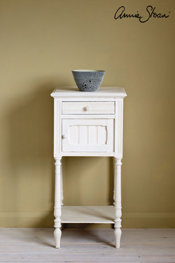 Original-side-table,-Dulcet-in-Versaille