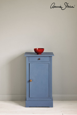 Greek-Blue-side-table,-Piano-in-Olive,-7