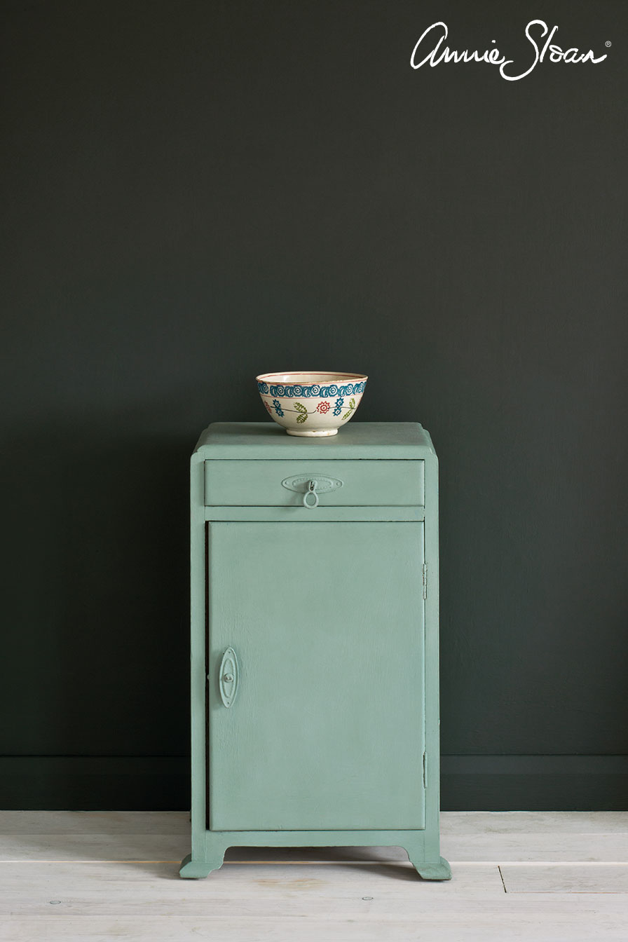 Duck-Egg-Blue-side-table,-Graphite-Wall