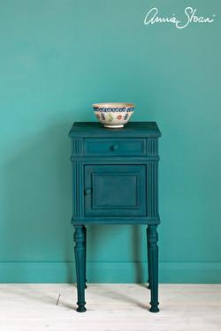 Aubusson-Blue-side-table,-Linen-Union-in