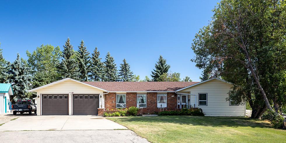 Wes & Lyn Friesen Real Estate & Contents Auction Sale - Waldheim, SK