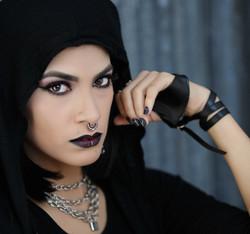 Ginnette-Gothic_-127-Edit