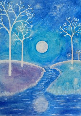 Luna llena en paisaje azul