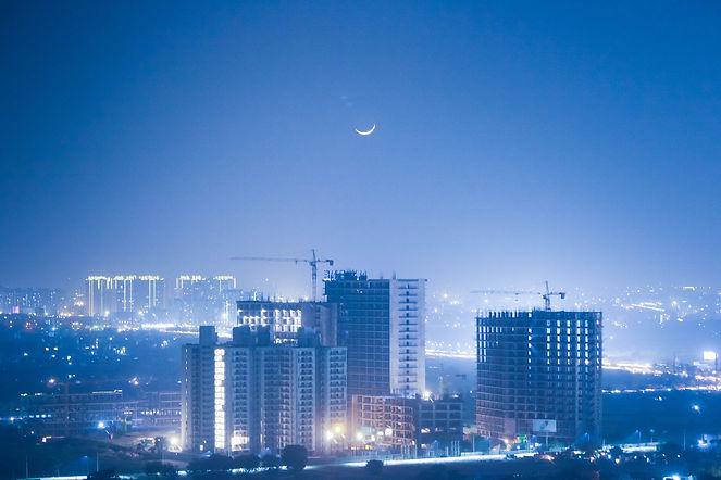 view-of-city-at-night-2887207.jpg