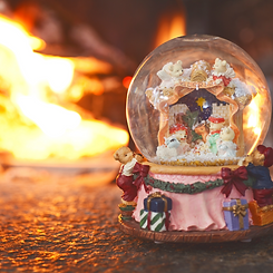 Snow Globe with Fire.png