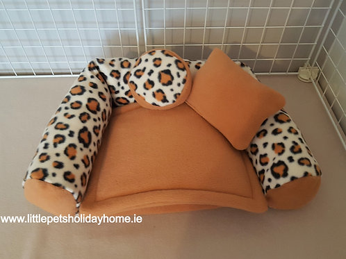 Sofa with 2 pee pads and 2 pillows included