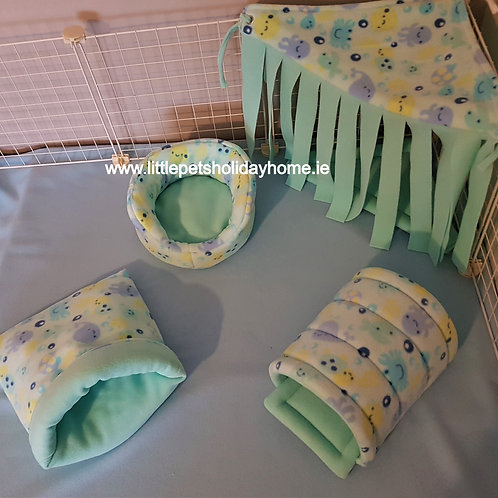 Set of 4 - 8 items - Tunnel; corner hide out; cuddle cup & sack