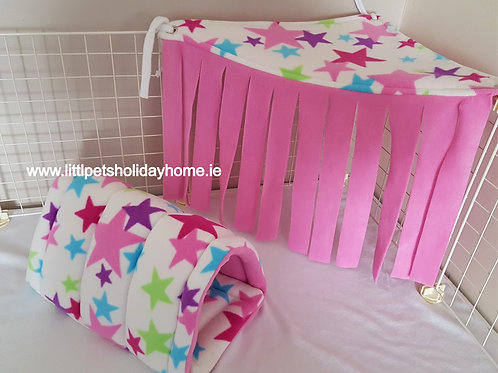 Tunnel & corner hide out & 2 pee pads included