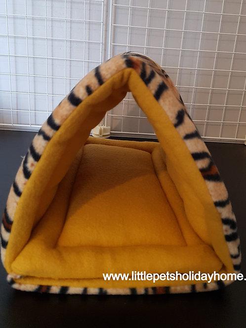 Tiger print - Triangle shape fleece tunnel