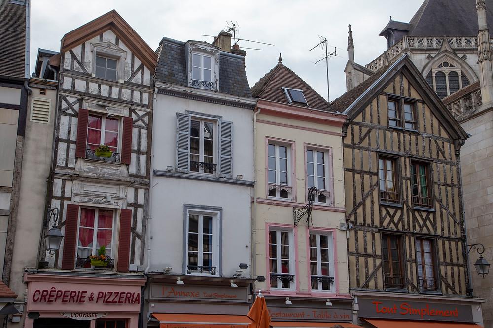 Troyes maison pans de bois centre ville