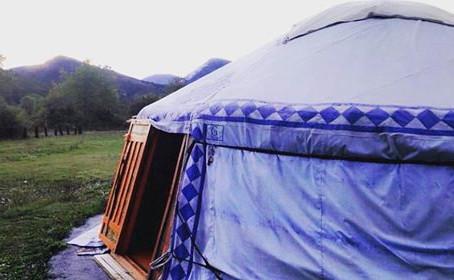 Insolite : dormir dans une yourte mongole !