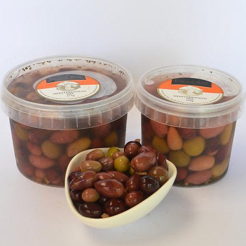 Mediterranean Mix Olives 575g tub