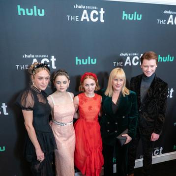 Chloe Sevigny, Joey King, Patricia Arquette, Calum Worhty