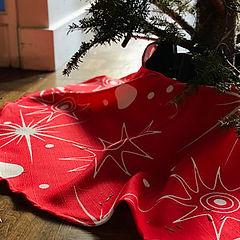 tree skirt.jpg
