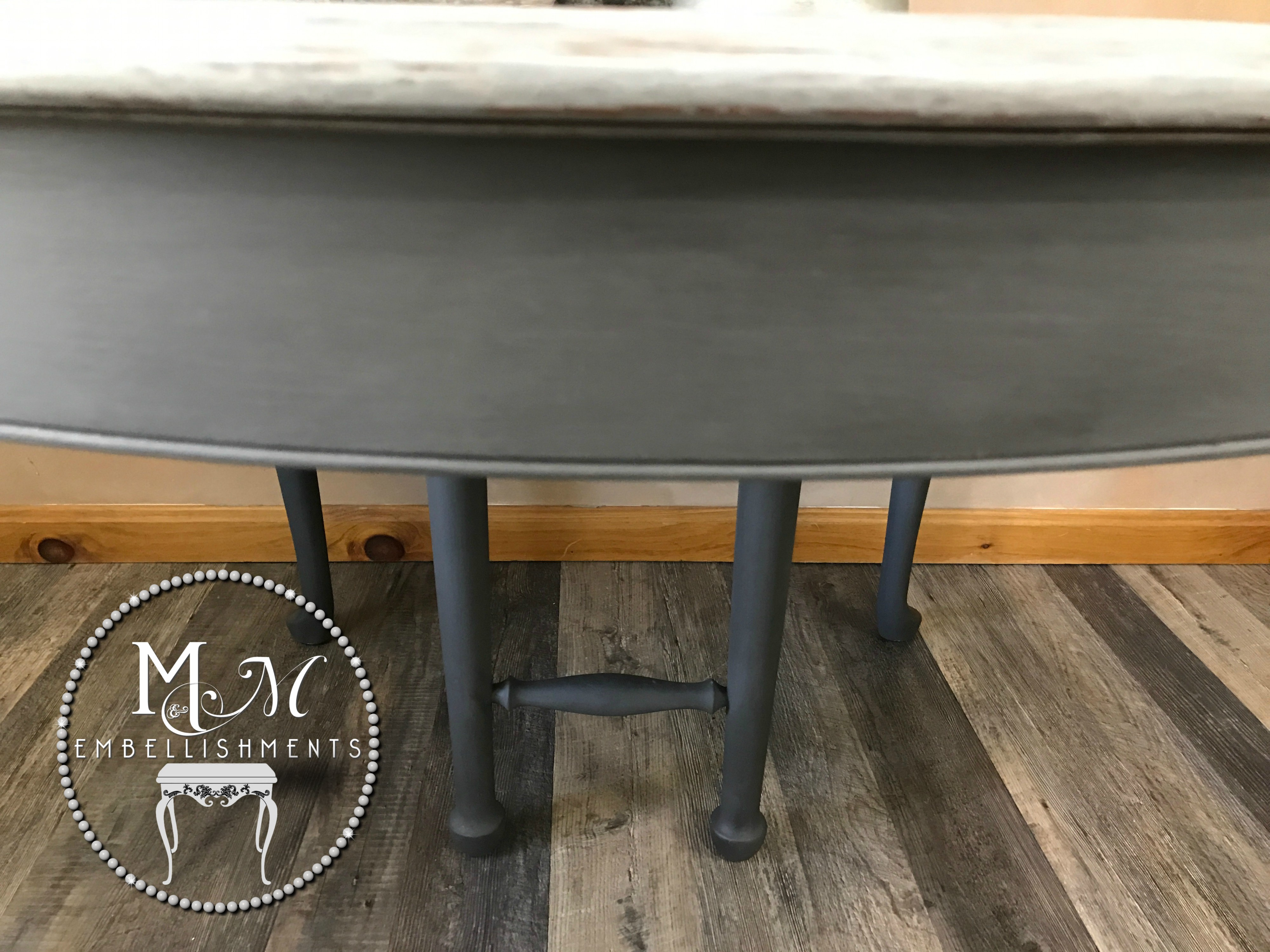 11 Gray Wash Table
