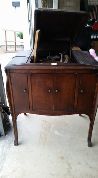 "Victrola ""before"""